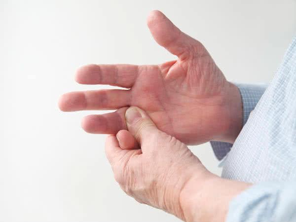 Болят пальцы рук