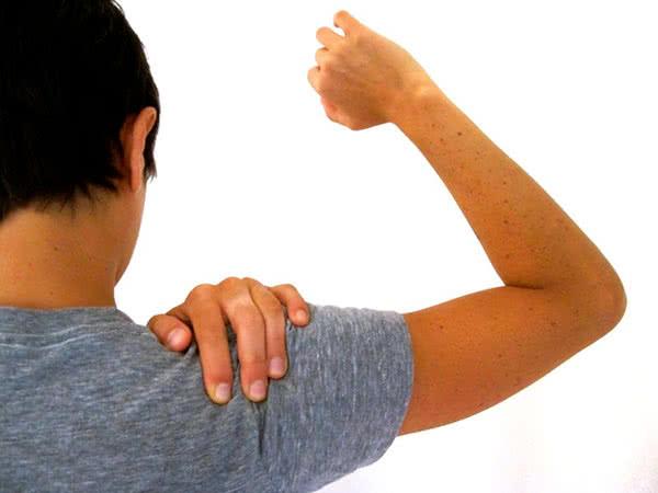 Боли плечевого сустава правой руки